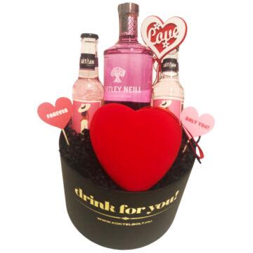 Nőnapi dekorral Pink Grapefruit gin tonik szett kerek díszdobozban