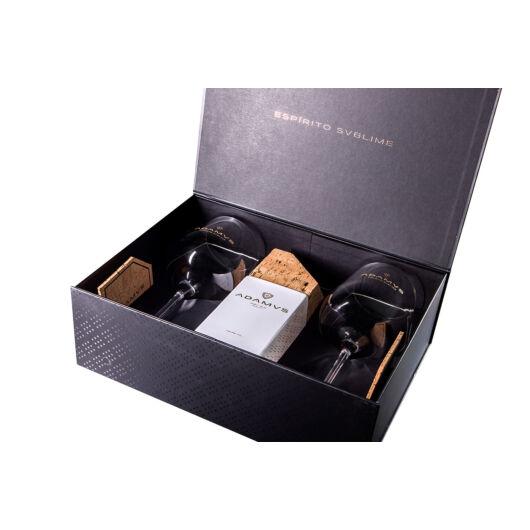 Adamus Dry Gin 44,4% 0,7l dd. limitált kiadás ajándék poharakkal és parafa alátétekkel