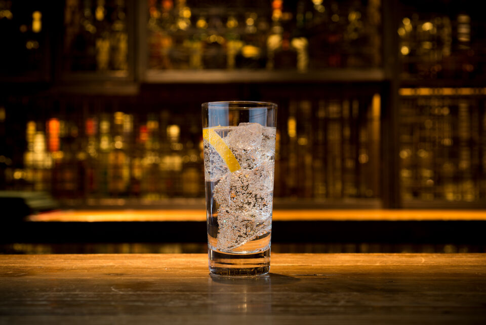 highball_pohar_gin_tonic