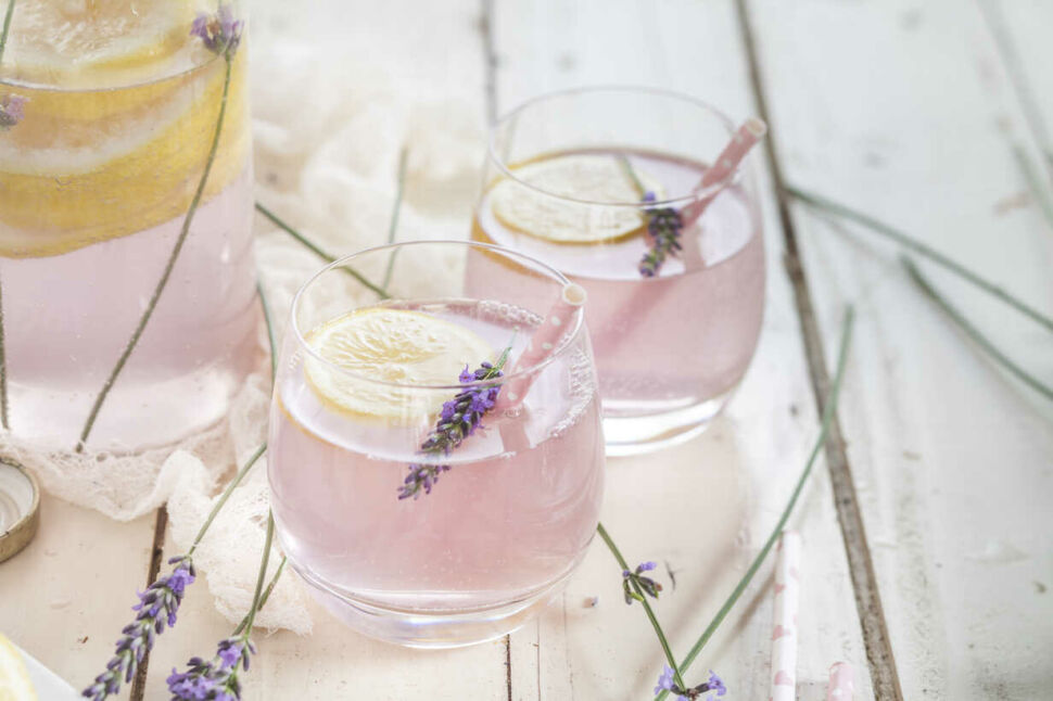 levendula_ajandek_koktel_gin_tonic
