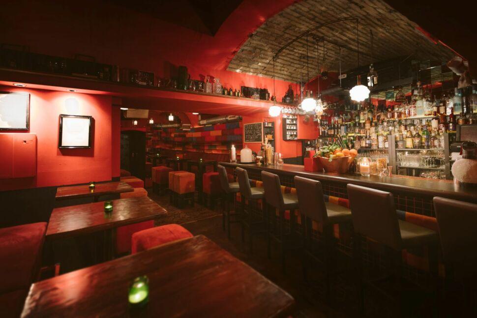 budapest_bar_gin_tonic